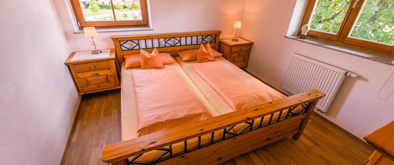 Schlafraum 1 mit Doppelbett